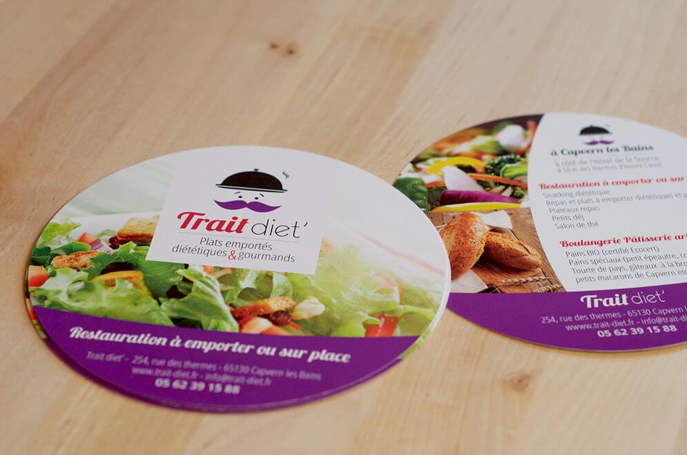 Création flyer rond restaurant traiteur dans les Hautes-Pyrénées