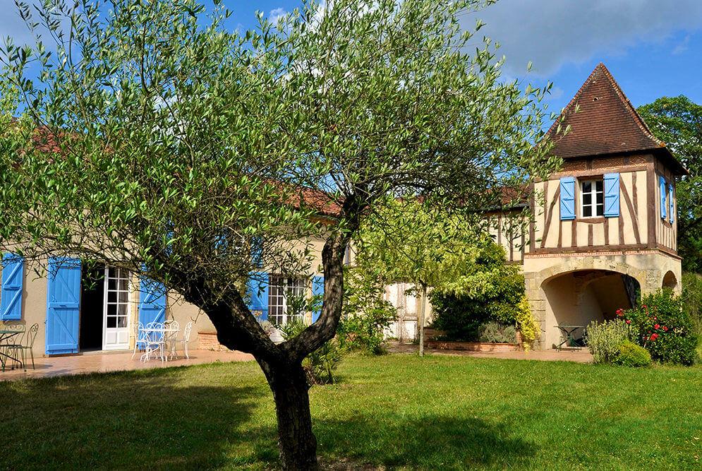 Extérieur maison d'hôtes à Mirande